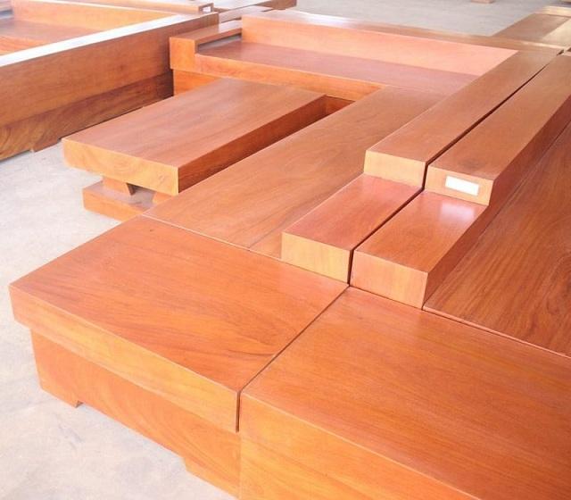 Khâu xử lý bề mặt gỗ rất quan trọng